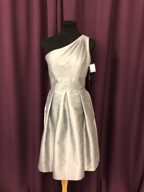 Alfred Sung Size 8 Gray One Shoulder Short New Formal Dress Bride