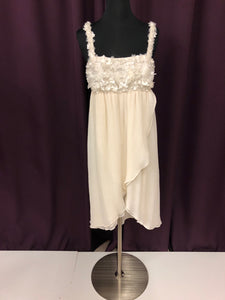 Alice Size 0 White Flower Strapless Pearl Formal Dress