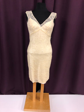 Allure Size 10 Ivory Lace Formal Dress