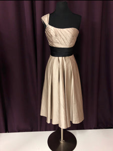Allure Size 2 Gray One Shoulder Short Formal Dress