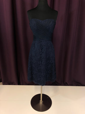 B2 Size 4 Navy Blue Lace Short Formal Dress