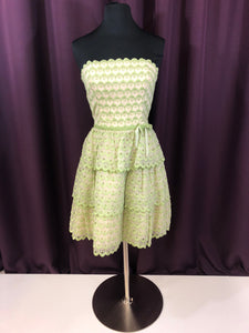 Betsey Johnson Size 4 Green Scallop Bow Formal Dress