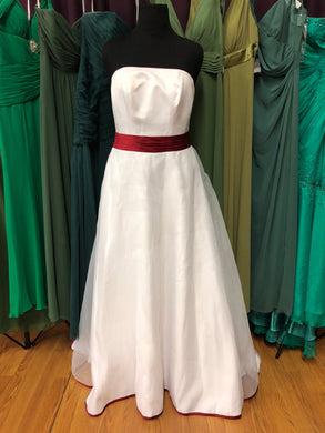 David's Bridal Size 14 White Belt  Wedding Dress