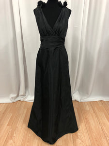 Jim Hjelm Size 16 Black Long Formal Dress