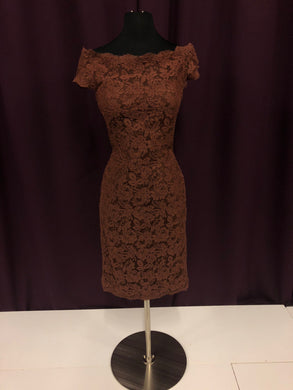 La Femme Size 8 Brown Lace Formal Dress