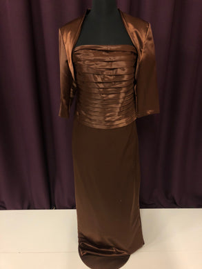 La Perle Size 4 Brown Formal Dress