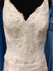 Maggie Sottero Size 10 Ivory Lace Sequin Bead Lace-Up Wedding Dress