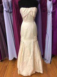 Marisa Size 12 Ivory Wedding Dress