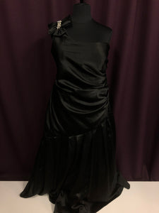 Masquerade Size 24 Black Formal Dress