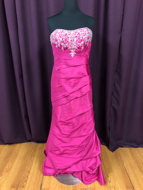 Night Moves Size 8 Pink Sequin Bead Formal Dress