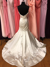 Reem Acra Size 10 Ivory Wedding Dress