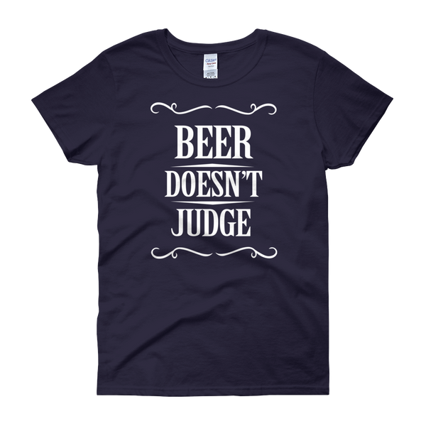 Beer Doesn't Judge - Women's short sleeve t-shirt - Cozzoo