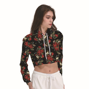Red Roses Black Women's Crop Top Hoodie Sweater - Cozzoo