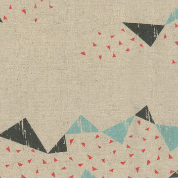 Tayutou Triangle in Cream | Canvas