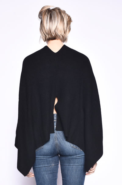 3VERY Light Poncho w. Slit