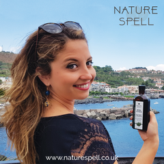 Blogger Stefania D'Agostino reviews our 2 in 1 Tea Tree Treatment Oil For Hair and Body