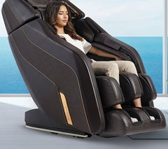 Lady sitting in Daiwa Pegasus 2 Smart massage chair
