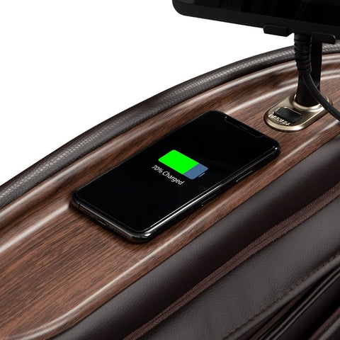 AmaMedic Hilux 4D USB and Wireless Charging