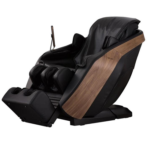 D.Core Cloud Massage Chair in Black at an angled view