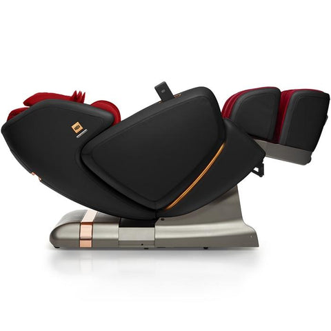 OHCO M.8LE 4D Massage Chair in rosso nero zero gravity position