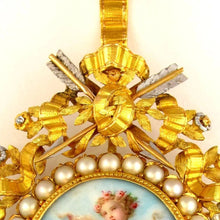Detail of an 19th century French brooch, arrows and ribbon bow, pearl jewelry