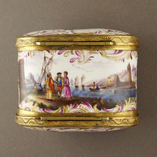 Antique Meissen porcelain snuff box