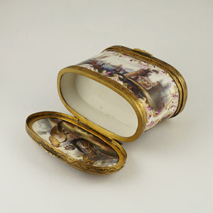 Meissen porcelain German snuff box double lids