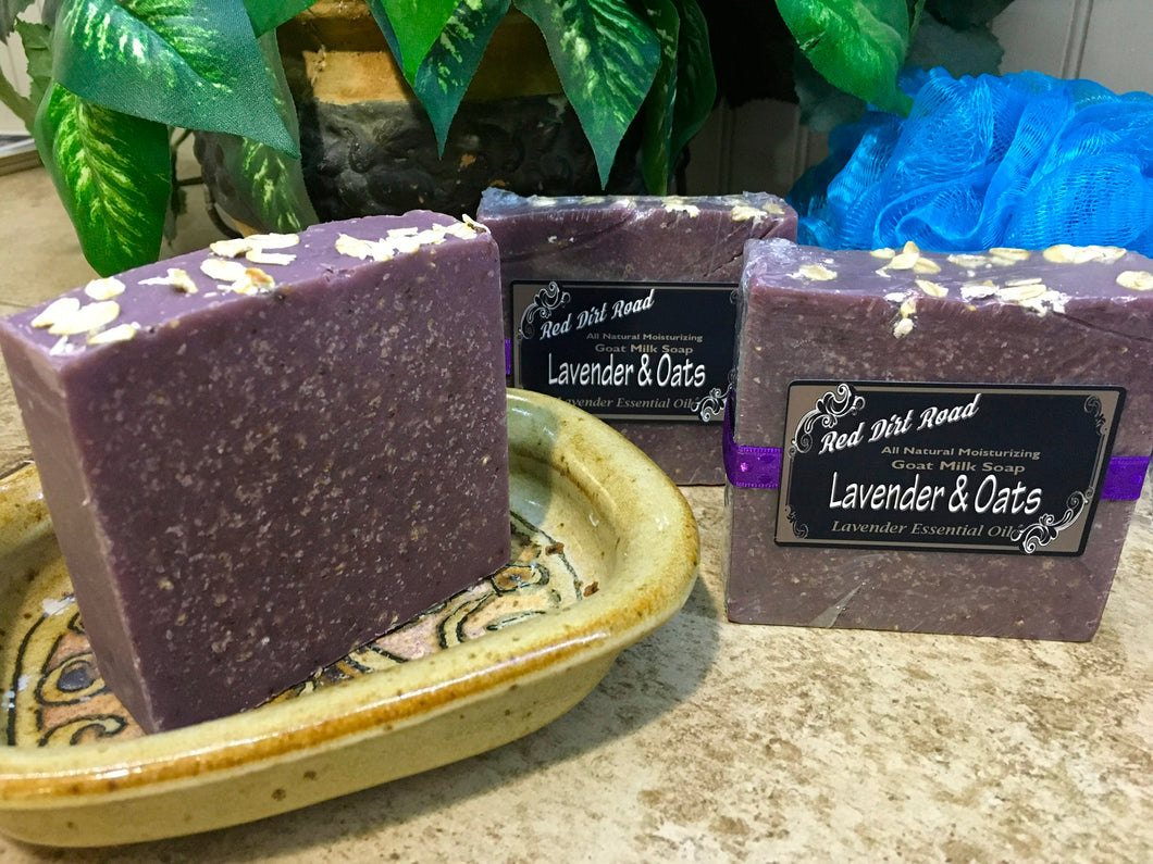 <center>Lavender & Oats<br> <small><small>Goat Milk Soap</small></small>