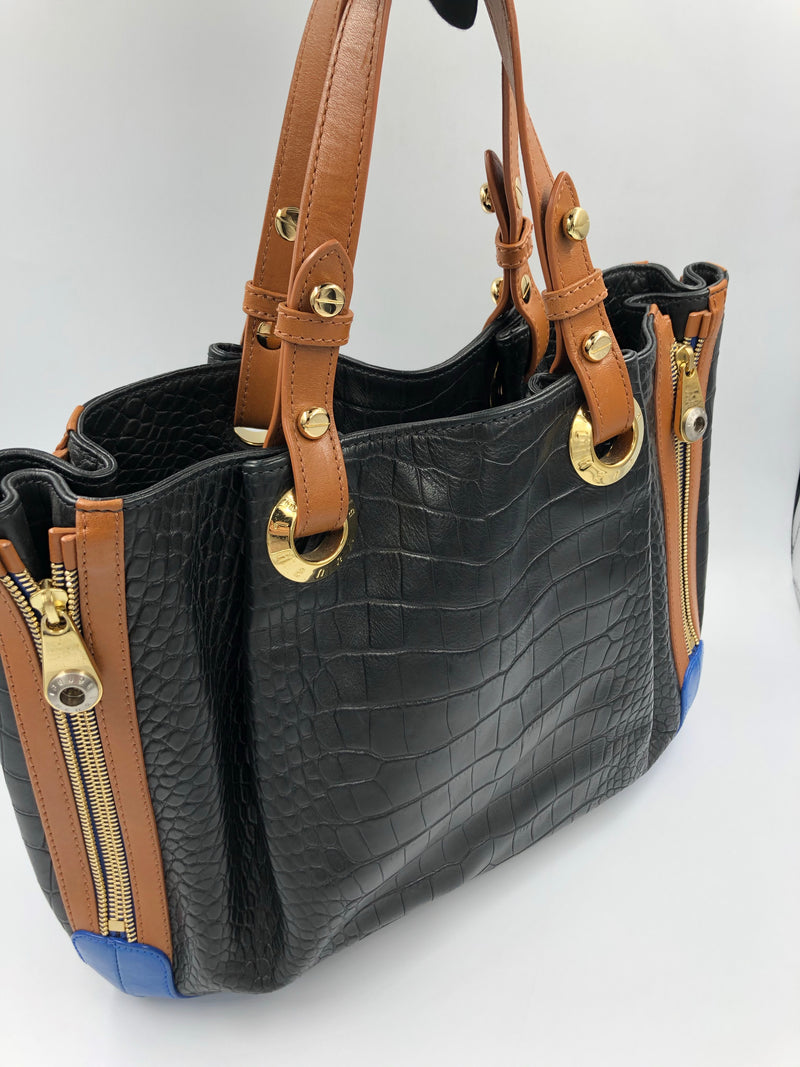 Cartera Henri Bendel All Zipped Up