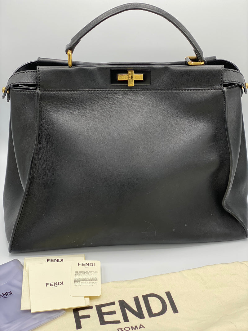 Cartera Fendi Large Peekaboo