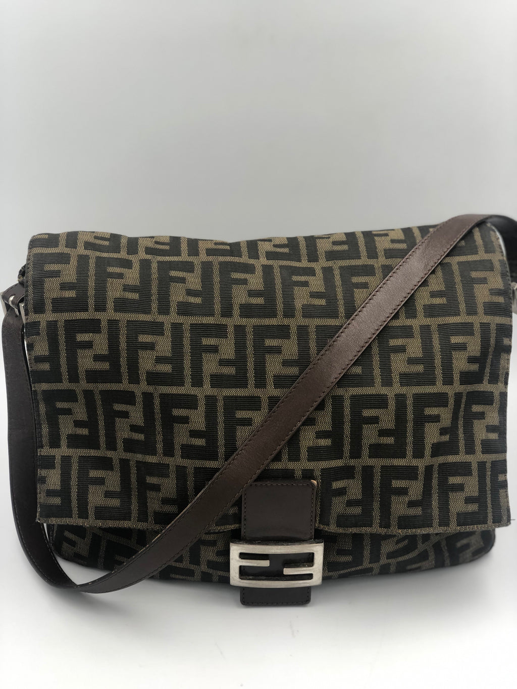 Cartera Shoulder Bag Monogram Fendi