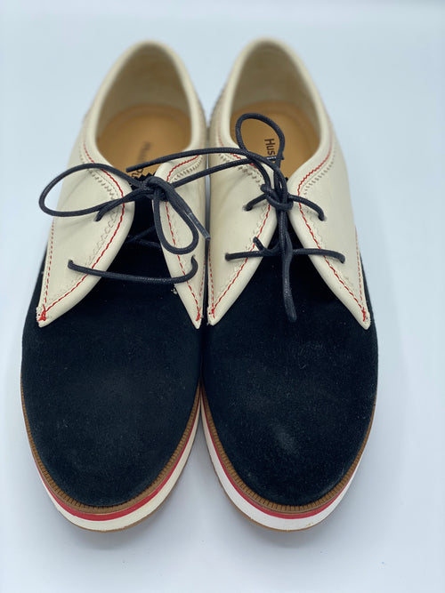 Zapato Tevin Oxford Hush Puppies (US 8.5)