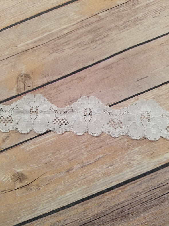 "White Scallop 1 1/2"" Stretch Trim Lace KP0035"