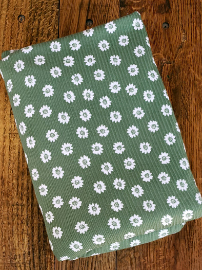Off White Daisy on Green Rib 4*2  Poly  Spandex (LAST YARDS - NOT CONTINUOUS)