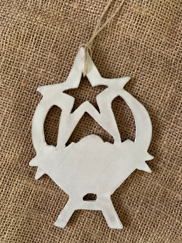 Manger Ornament, Simple White