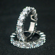 1 Row 18K Diamond Ring