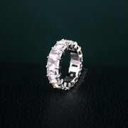 Exquisite Baguette Ring in White Gold (7mm)