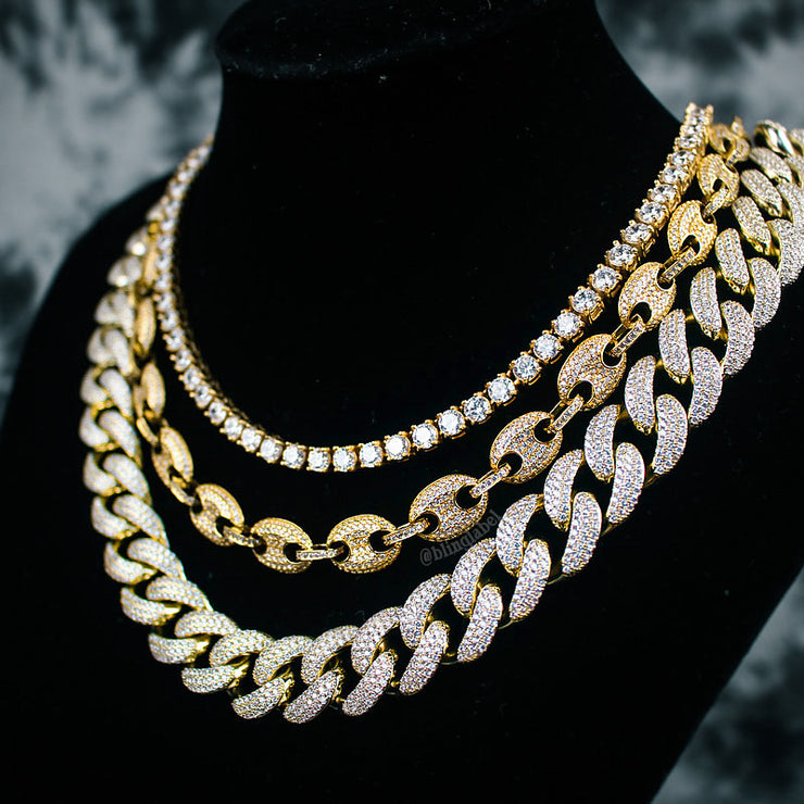 Gucci Choker Necklace Set in Gold