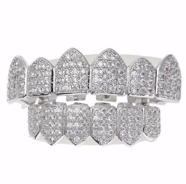 18K White Gold Iced Out Diamond Grillz Set