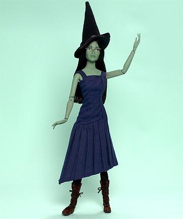 "Elphaba - Limited Edition 200 pieces - 16"" (64235) - WarehouseSpot"