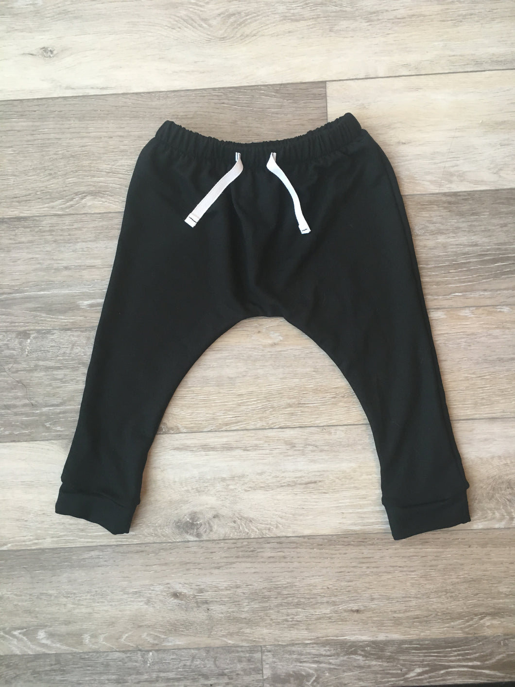 Hunter Harem Pants in Black