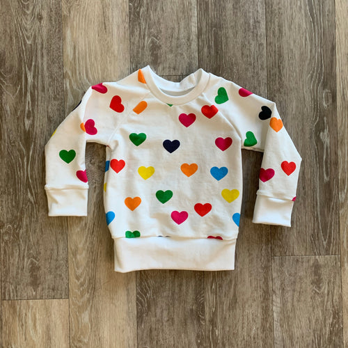 Chelsey Crewneck in Rainbow Hearts