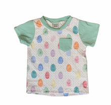 Basic tee in Easter Prints