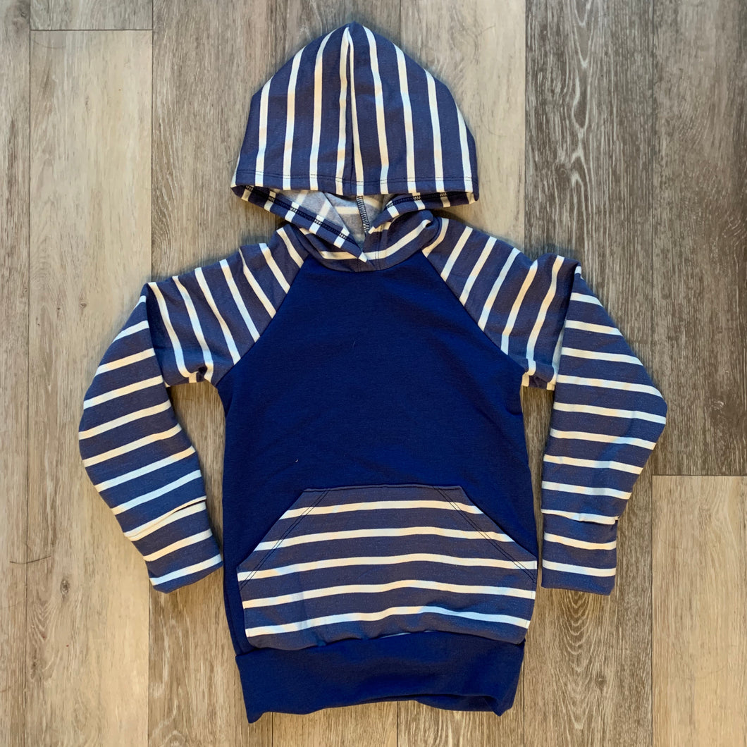 Lincoln Hoodie in Blue
