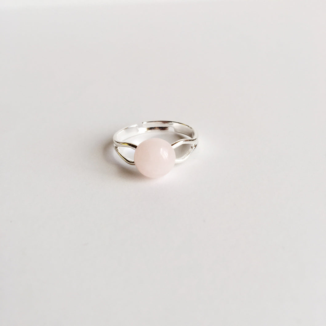 Beautiful Genuine Rose Quartz Adjustable Ring Spocket