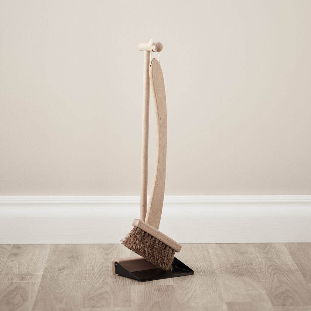 Brush & Dustpan - Wooden