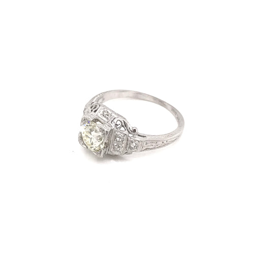 ART DECO 0.81 CARAT DIAMOND PLATINUM RING