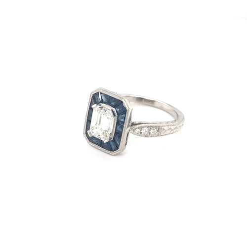 ANTIQUE STYLE 1.12 CARAT DIAMOND SAPPHIRE AND PLATINUM RING