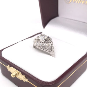ANTIQUE 0.70 CARAT DIAMOND PLATINUM RING