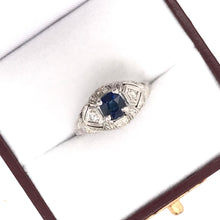 ART DECO 0.84 CARAT SAPPHIRE AND FILIGREE RING